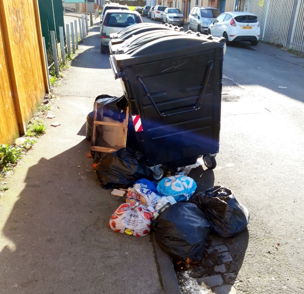 Fly-tipping in Morton Street, Barton Hill