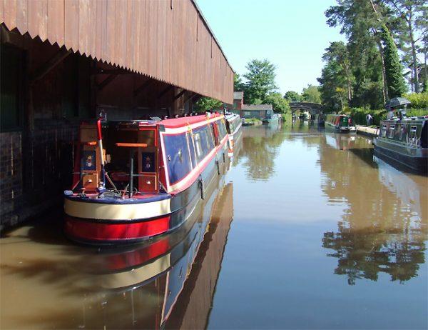 Shropshire Union canal in Market Drayton