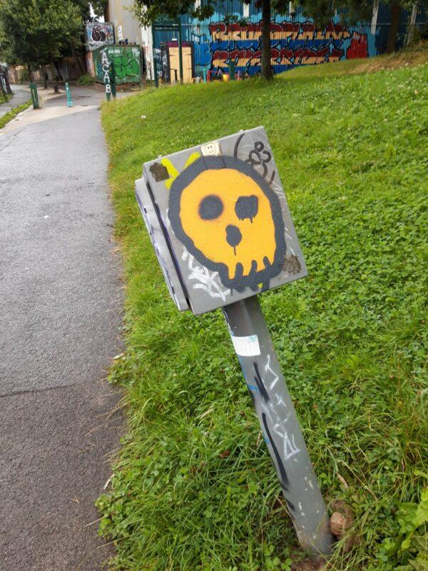 Grafitti on street furniture in Riverside Park